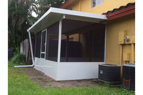 Aluminum Roof/Screen Enclosure