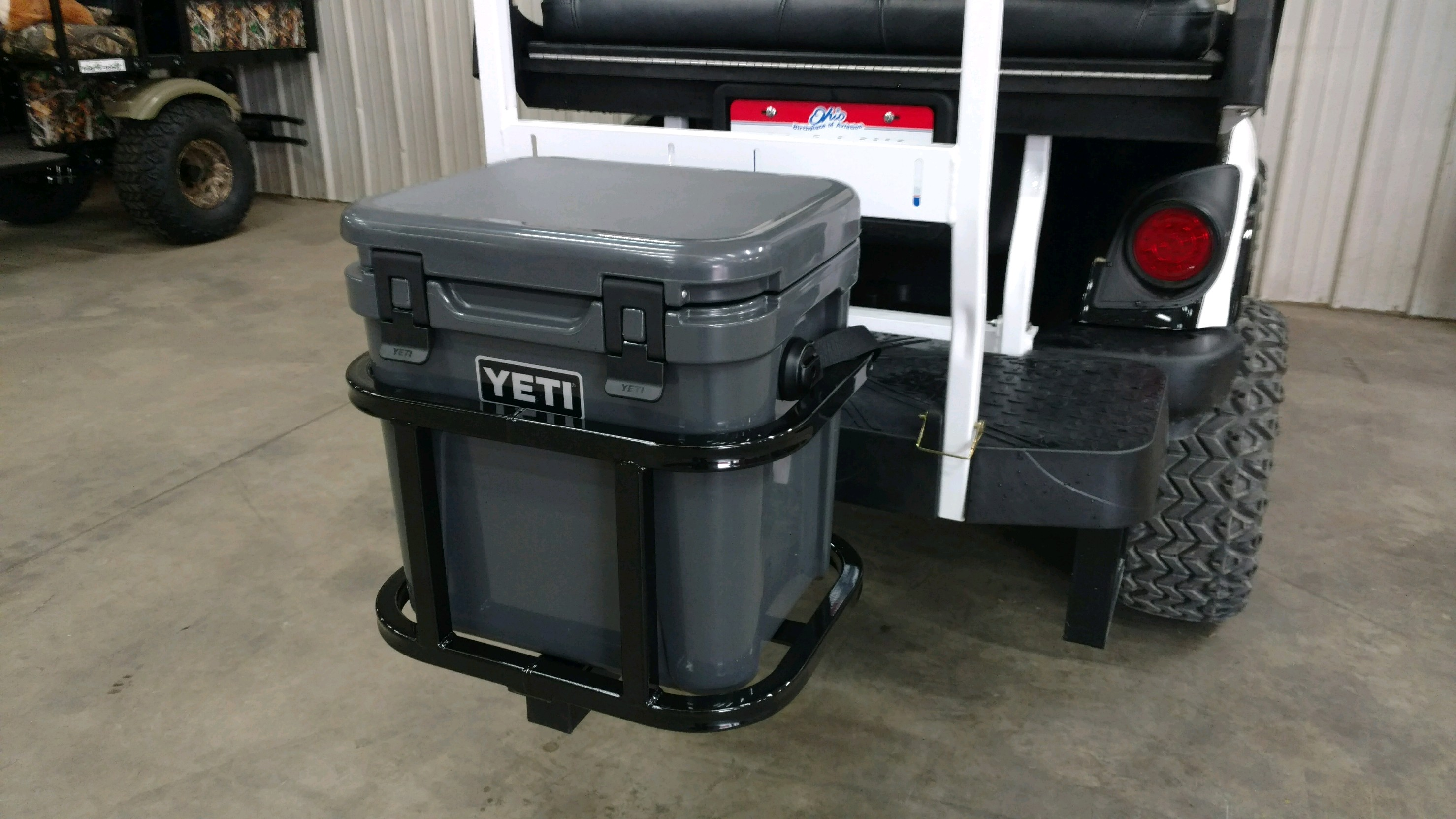 Yeti 24 Hitch Cooler Carrier