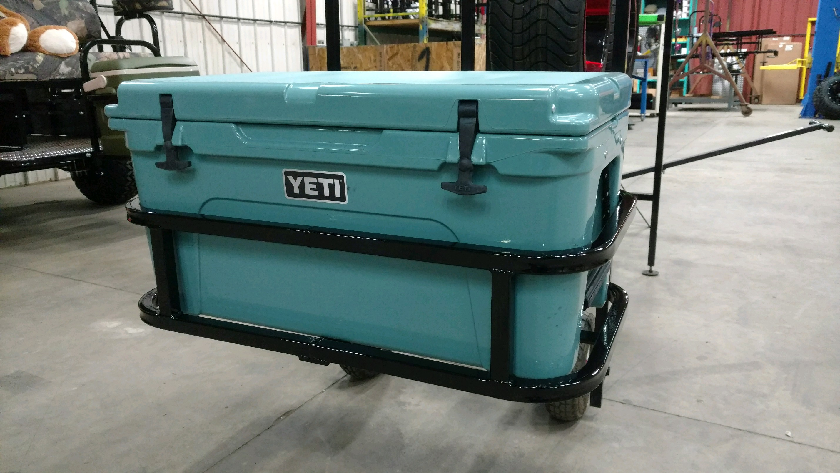 Yeti Tundra 65 Hitch Cooler Carrier