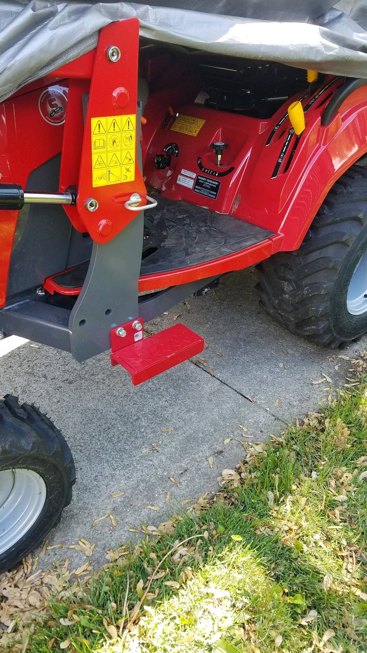 Tractor Step