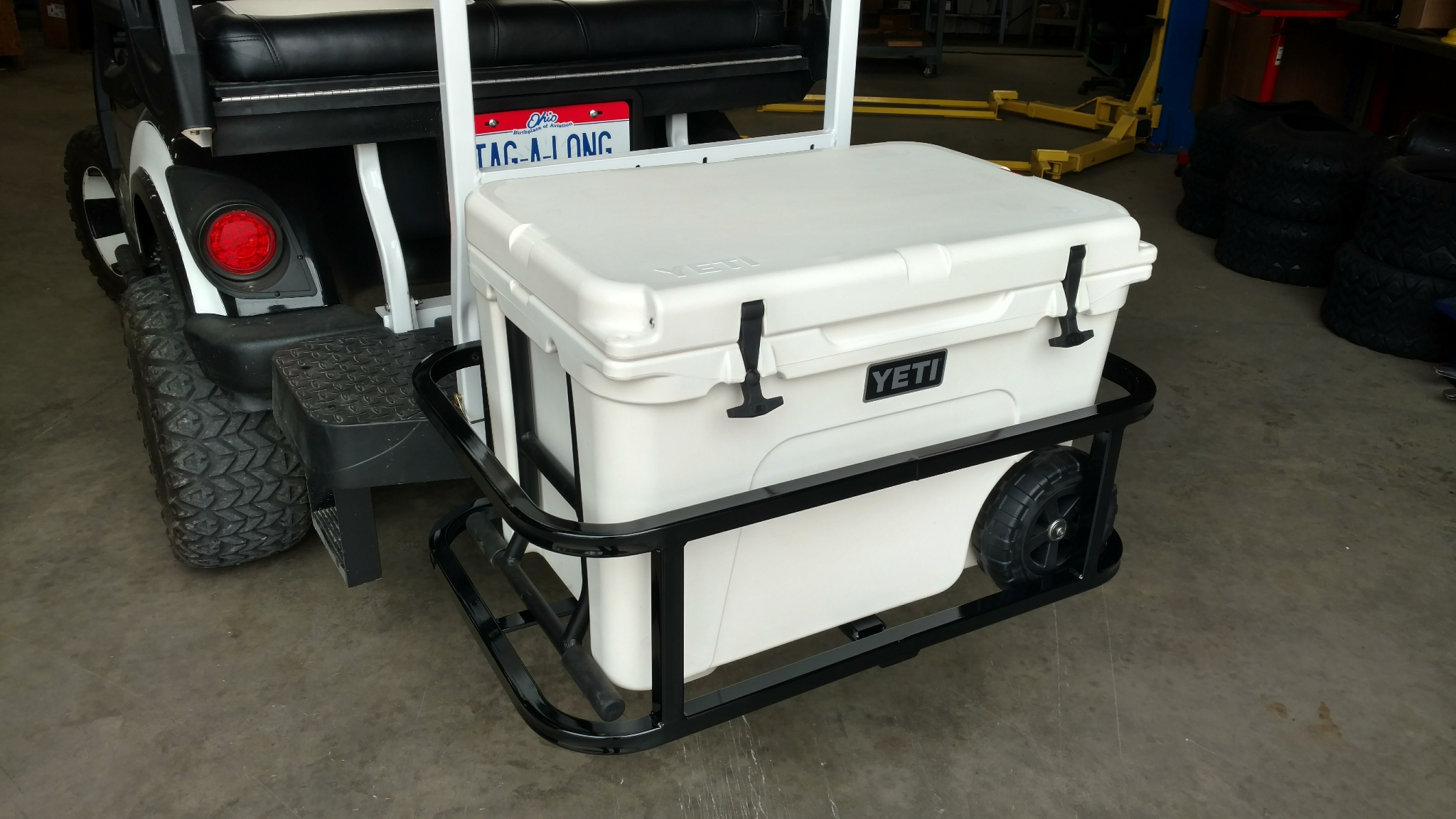 Yeti Tundra Haul Hitch Cooler Carrier