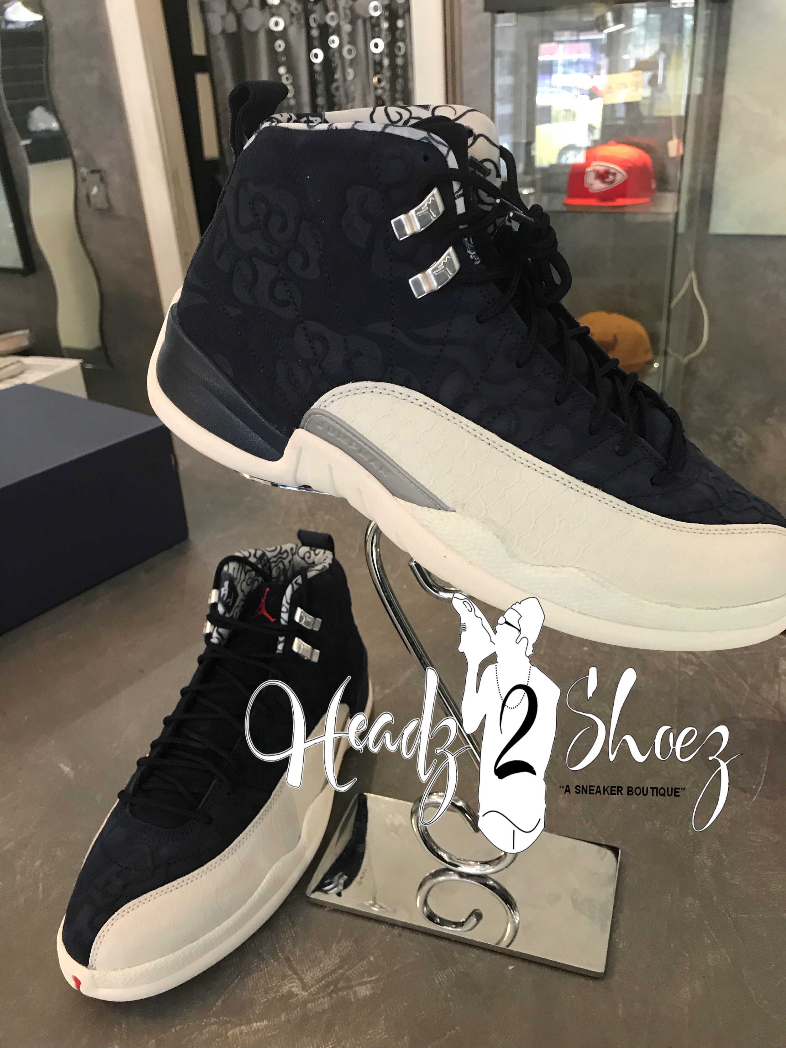 JORDAN 12 RETRO INTERNATIONAL 2018