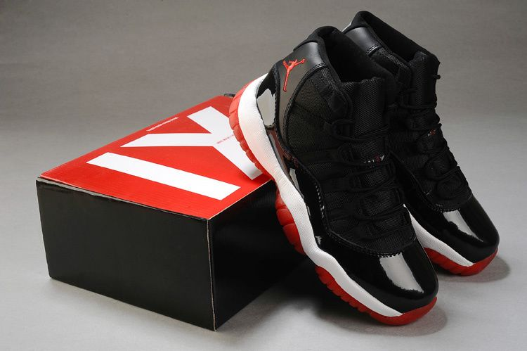 JORDAN 11 RETRO PLAYOFFS 2012
