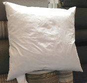 "PF2424 - 24"" x 24"" Hypo-Allergenic Feathered Down Pillow Insert"