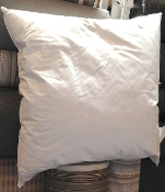 "PF2626 - 26"" x 26"" Hypo-Allergenic Feathered Down Pillow Insert"