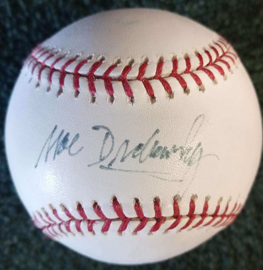 MOE DRABOWSKY SIGNED BASEBALL (OMLB)
