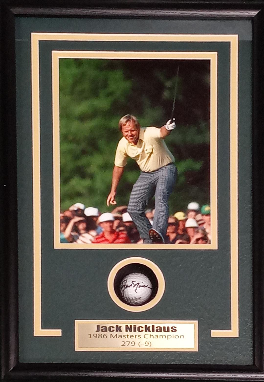 JACK NICKLAUS SIGNED GOLF BALL SHADOWBOX