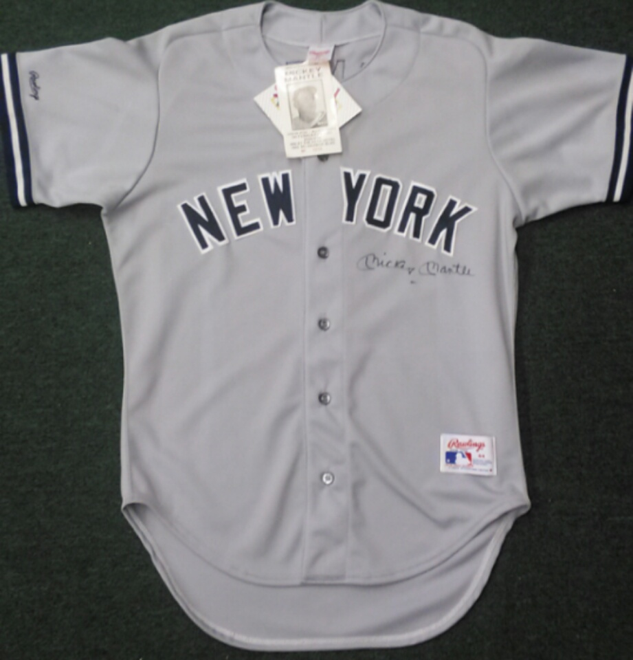 Mickey Mantle signed New York Yankees jersey