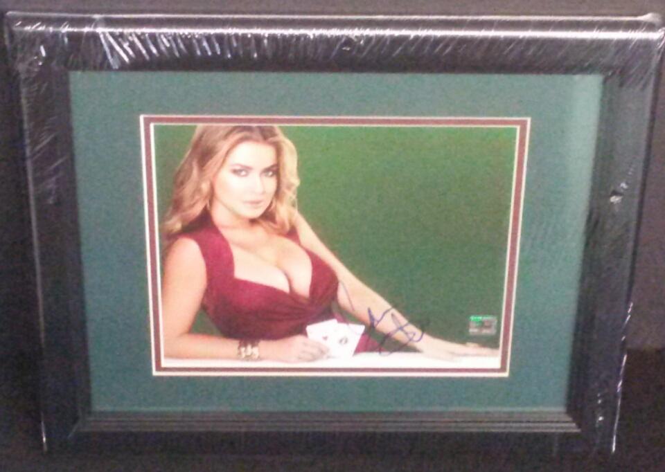 Carmen Electra signed 8x10 (Autograph Store COA)