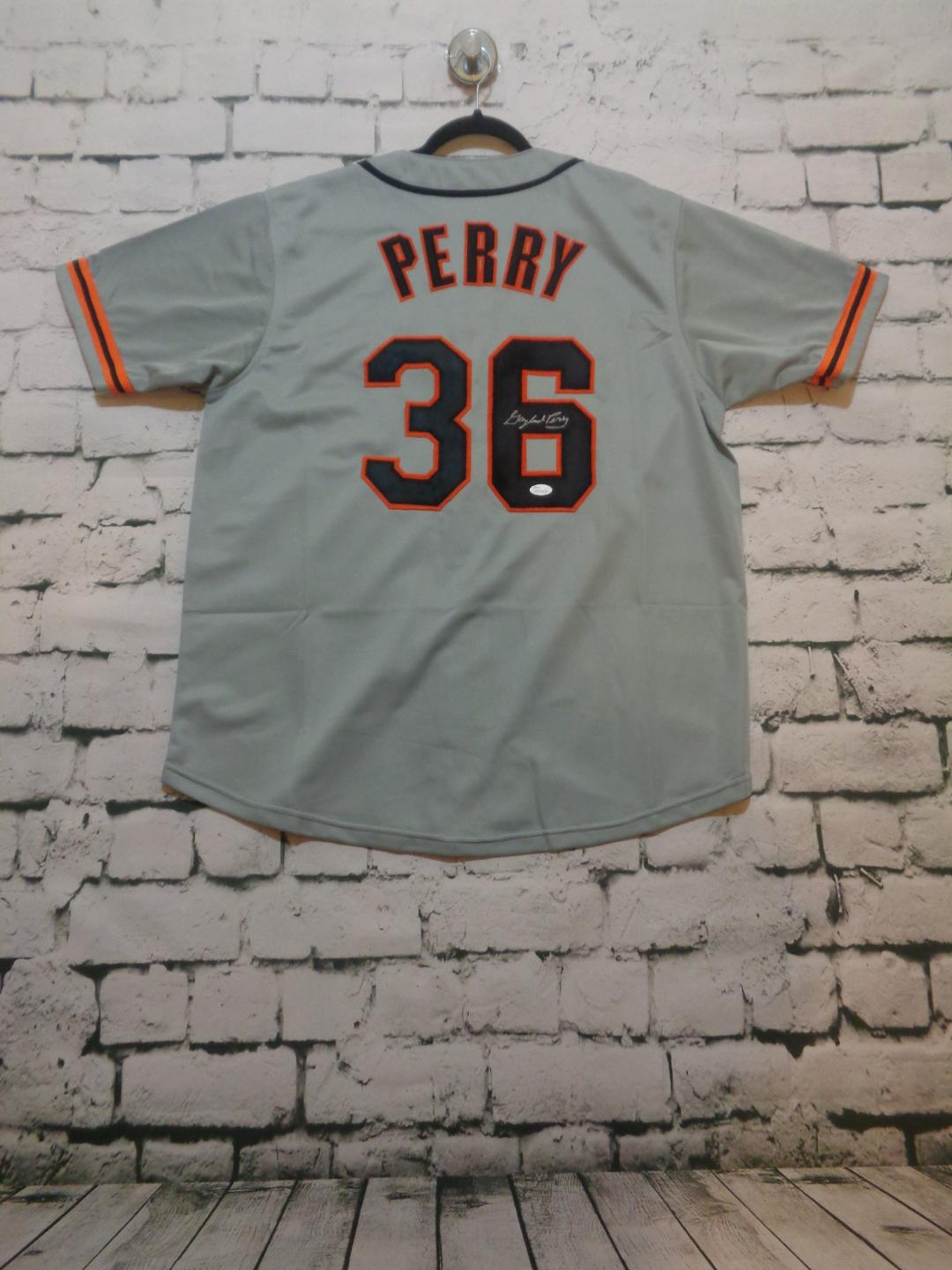 Gaylord Perry signed SF Giants jersey