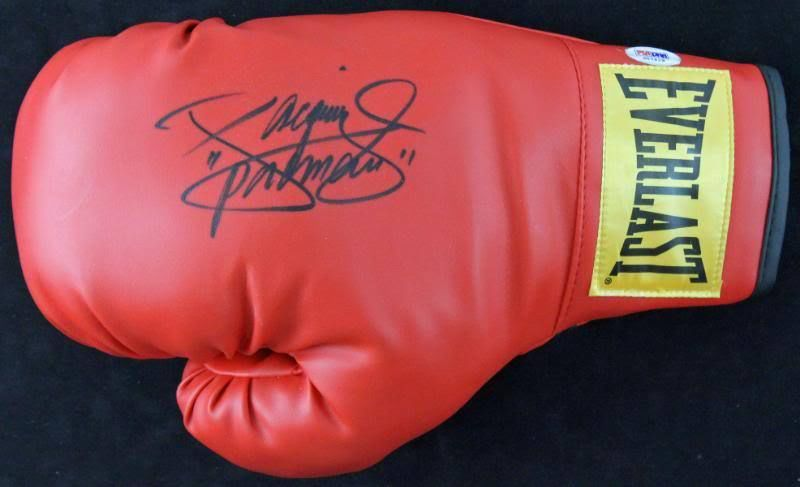 Manny Pacquiao signed Everlast glove