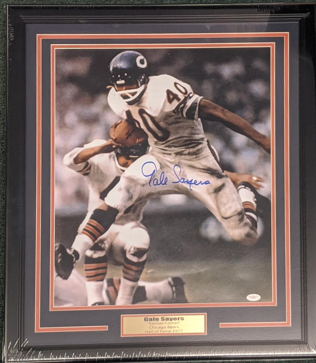 GALE SAYERS SIGNED 16X20