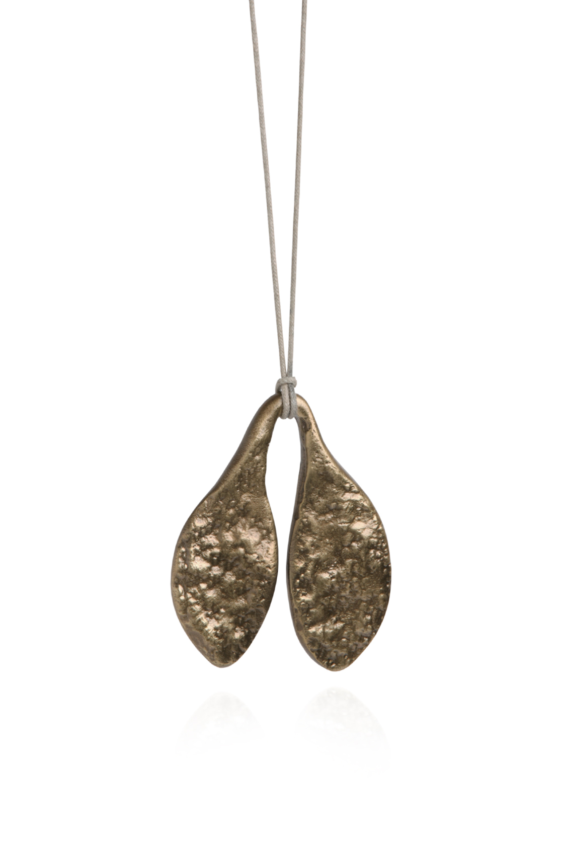Quarry Small Leaf Pendent