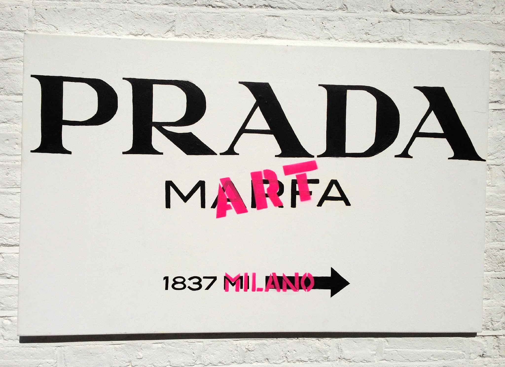 Prada Marfa version 2.0,by Louis-Nicolas Darbon