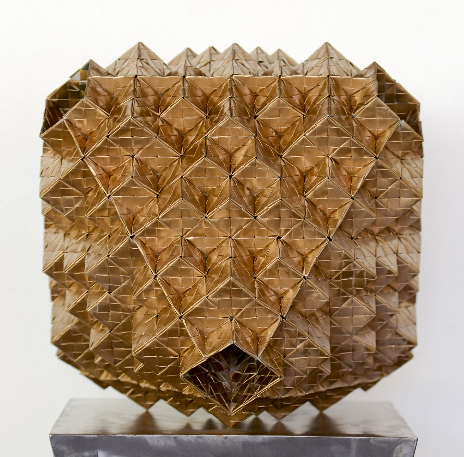 Hollowed Octahedron through Paper-Engineering |