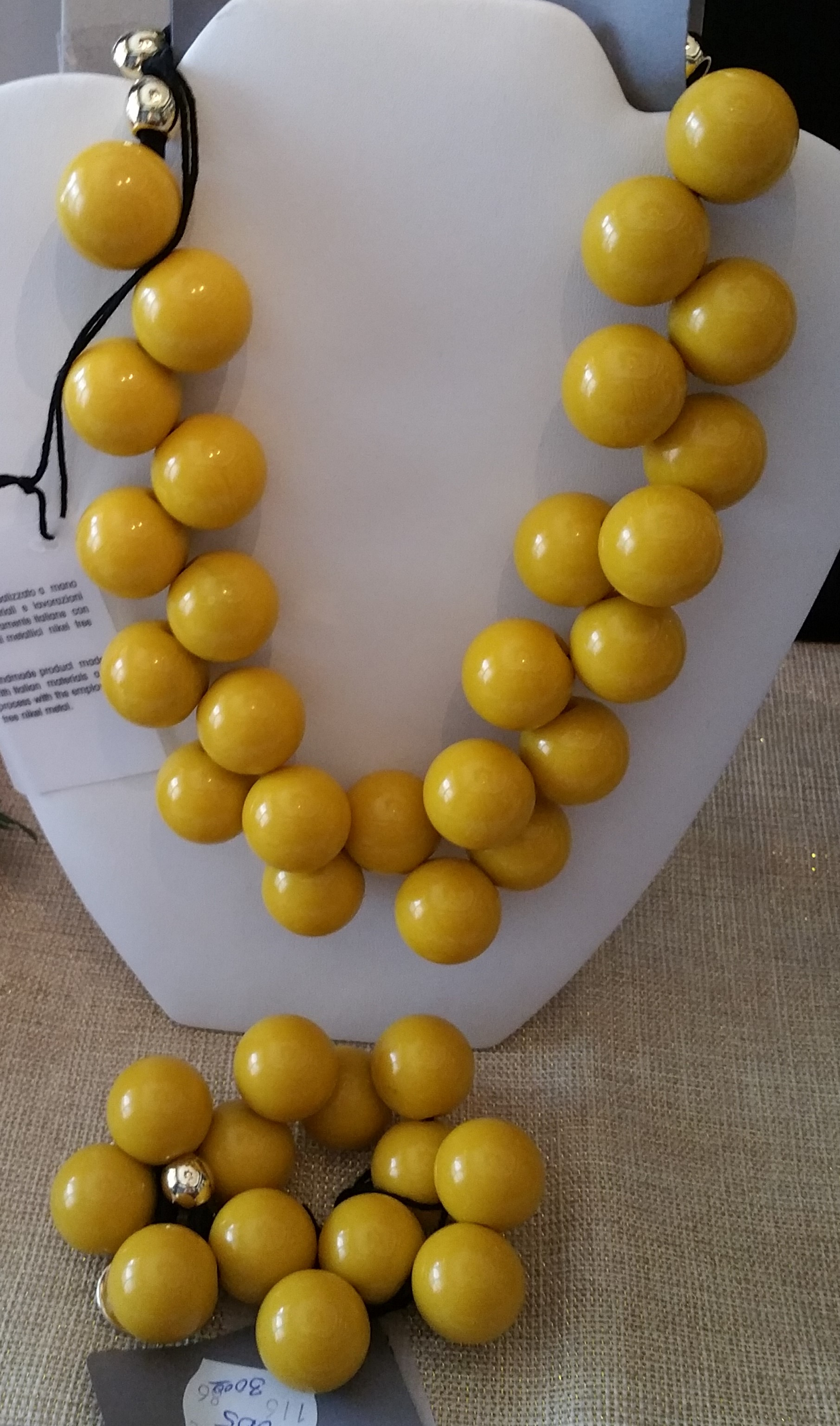 Yellow Necklace and Bracelete (7N9,8B5)