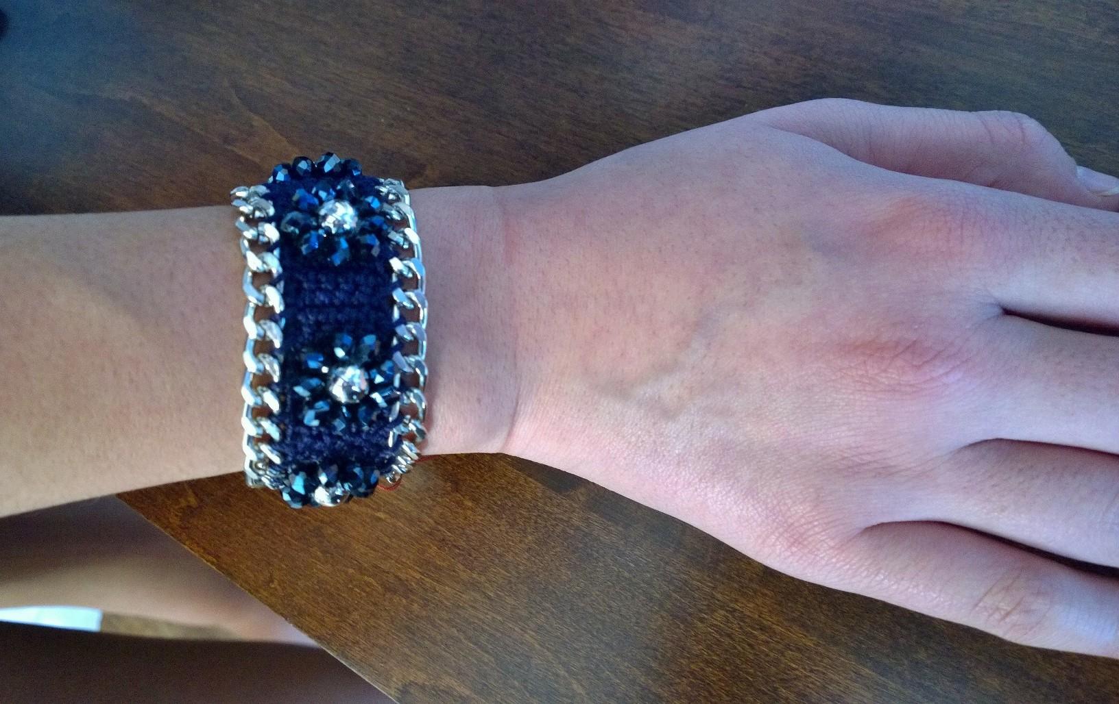 Blue Flowers Bracelet 3B05