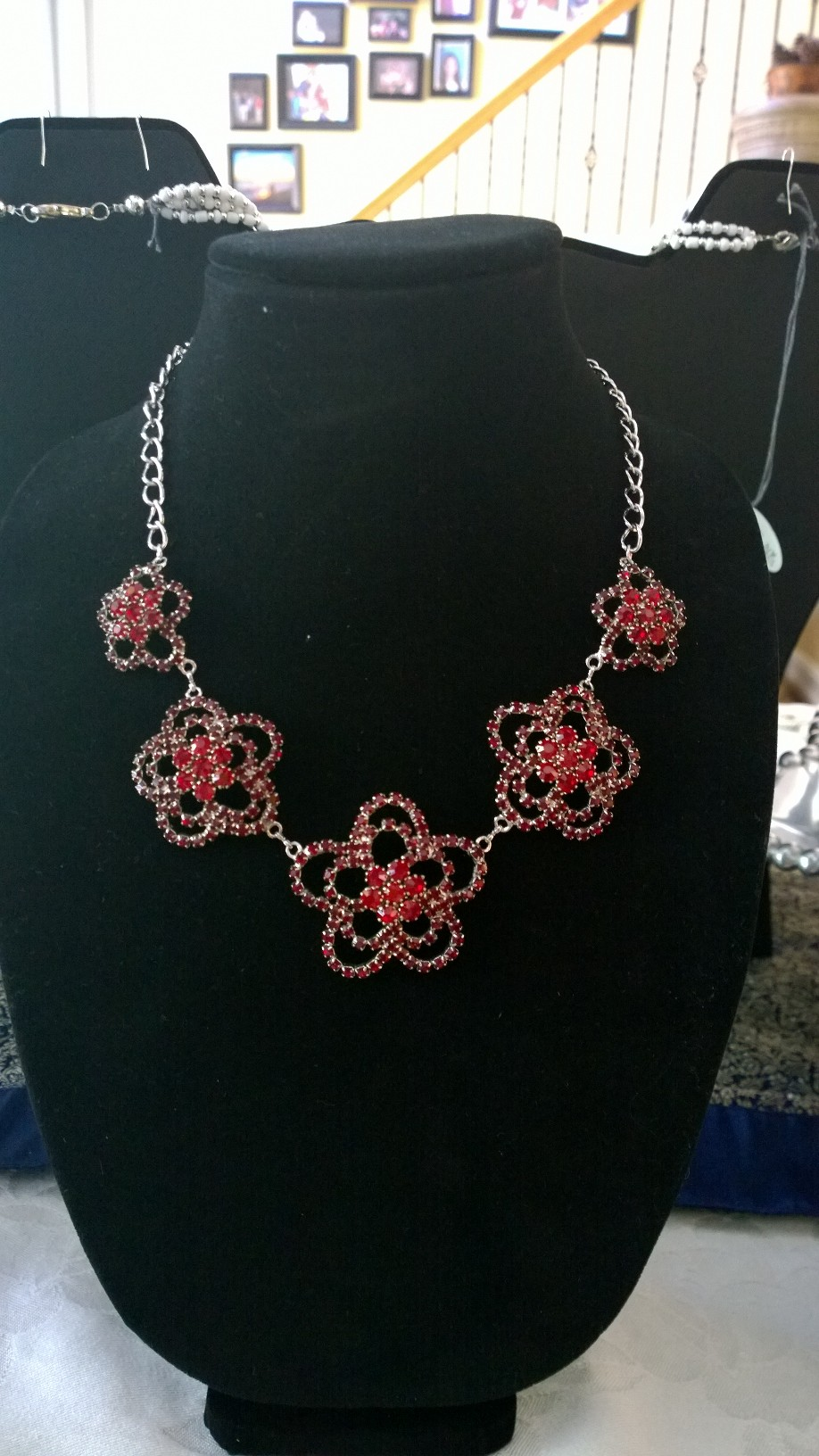 Red Crystals Flowers Necklace 1N09-----SOLD-----