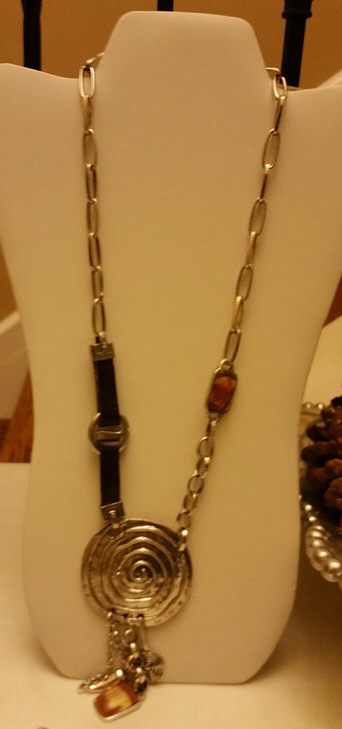 Crystal and leather Necklace 1N42