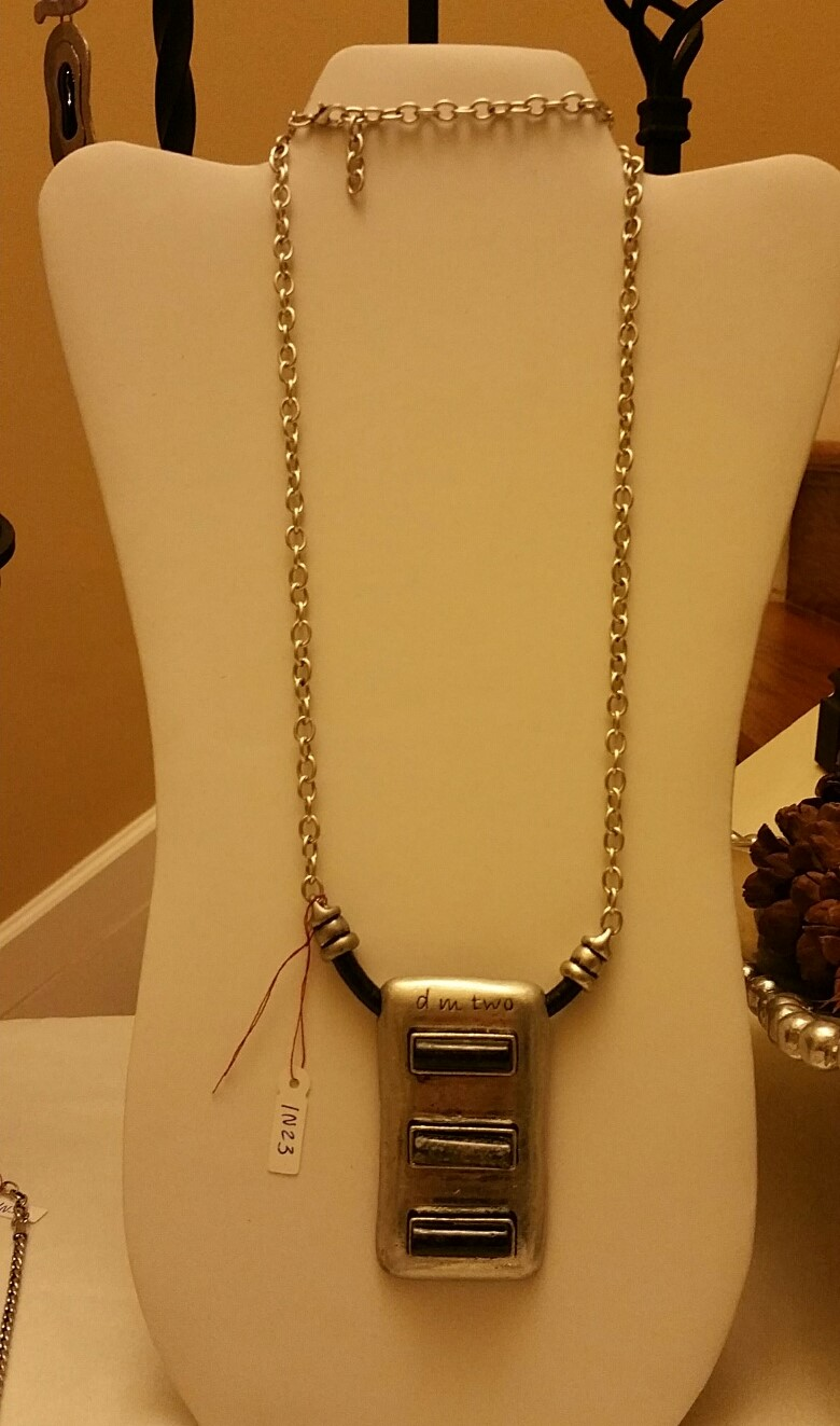 Rectangle Long Necklace 1N48