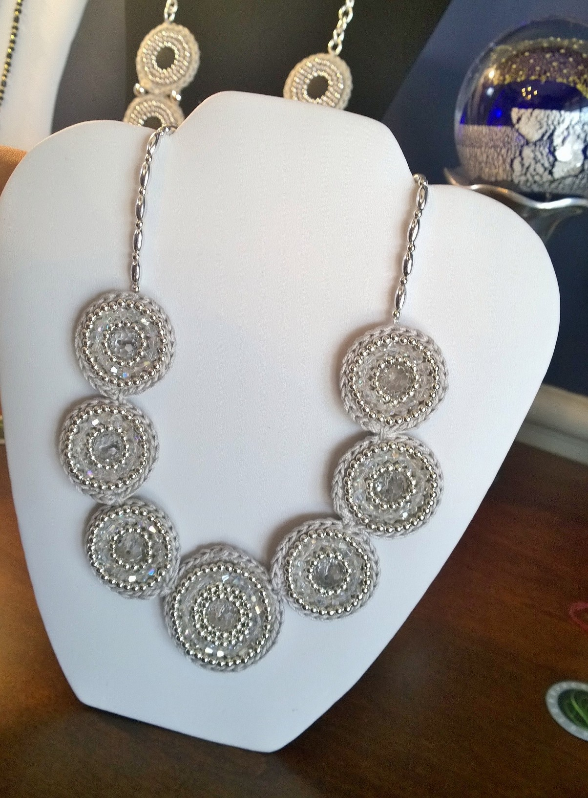 Silver Crystal Flowers Necklace 3N03