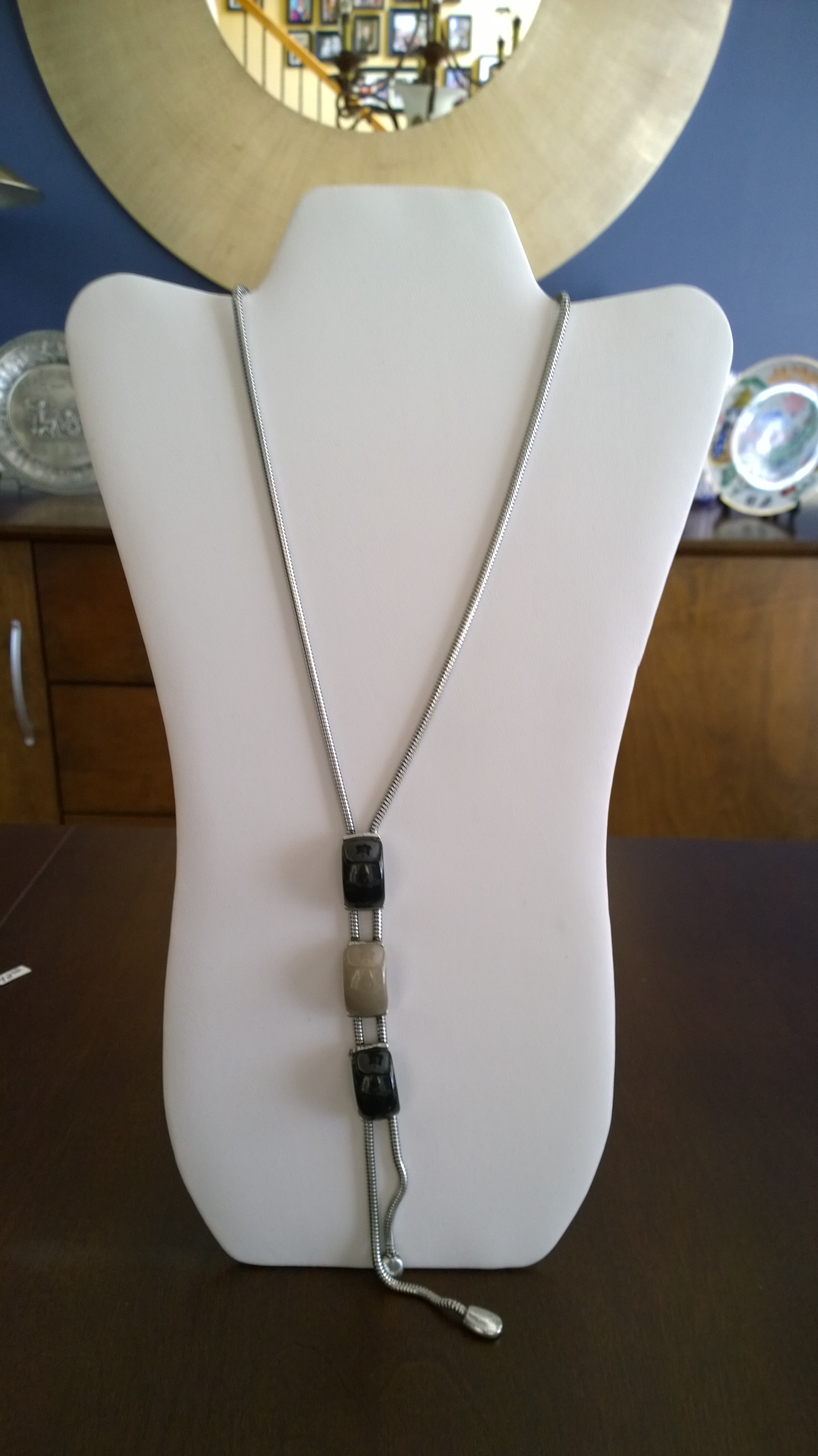 Beige and Black Long Necklace 1N42