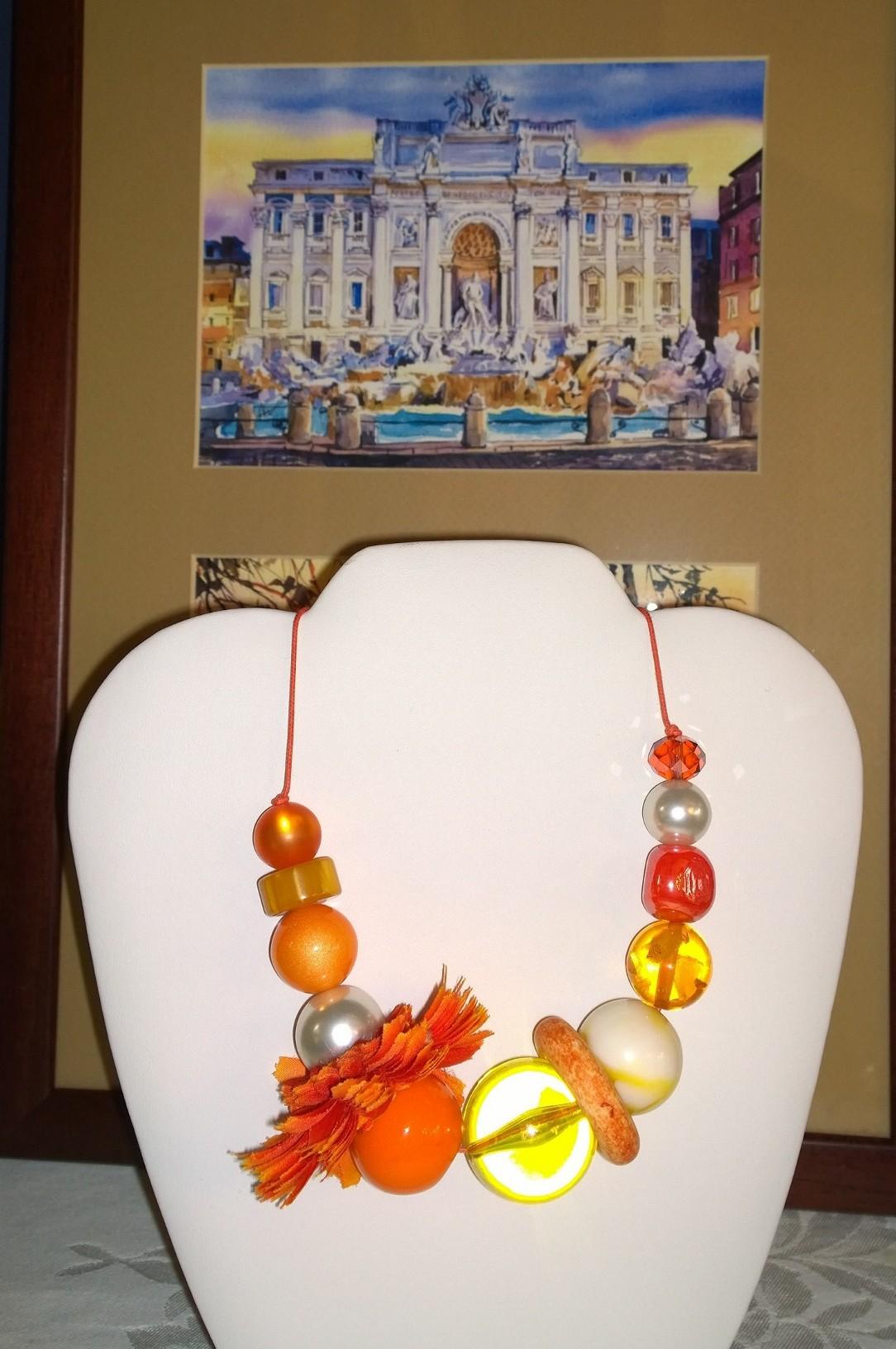 Le Bellerine Orange Necklace 4N11