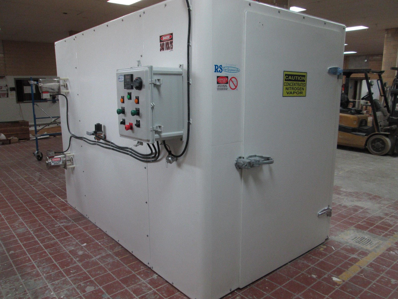 Charmant Cabinet Blast Freezer, Used For Food Processing Or Food Freezing
