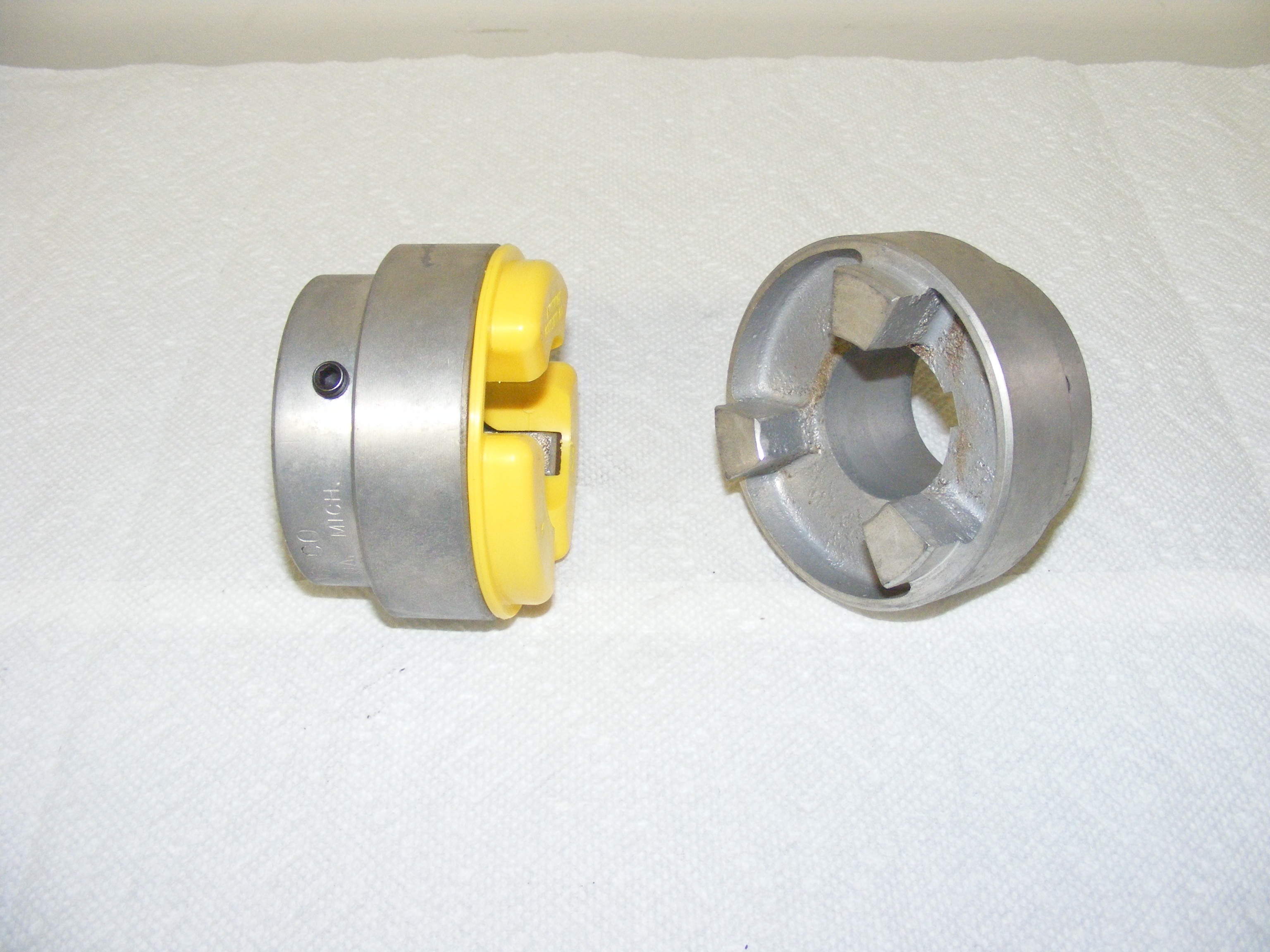 M100 JAW TYPE SHAFT COUPLINGS