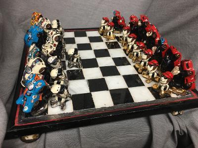 Chess set / Ferrari and Porsche