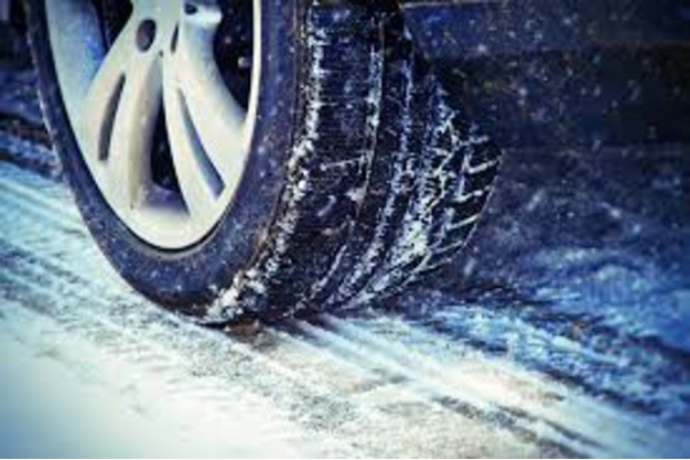 Car dealer, tires, winter traction