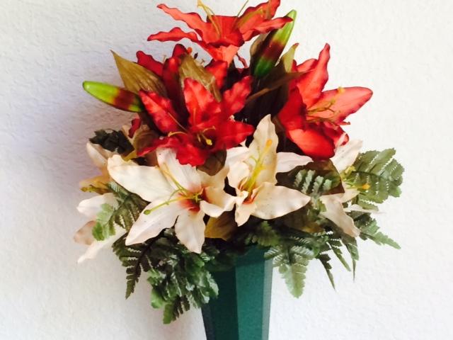 Small Mausoleum Bouquet