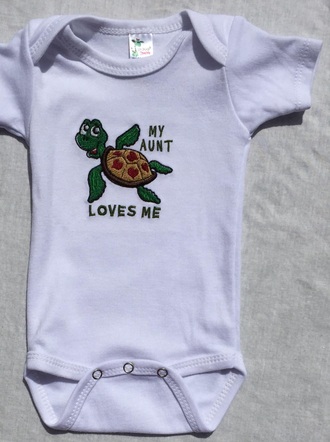 Turtle Aunt loves me