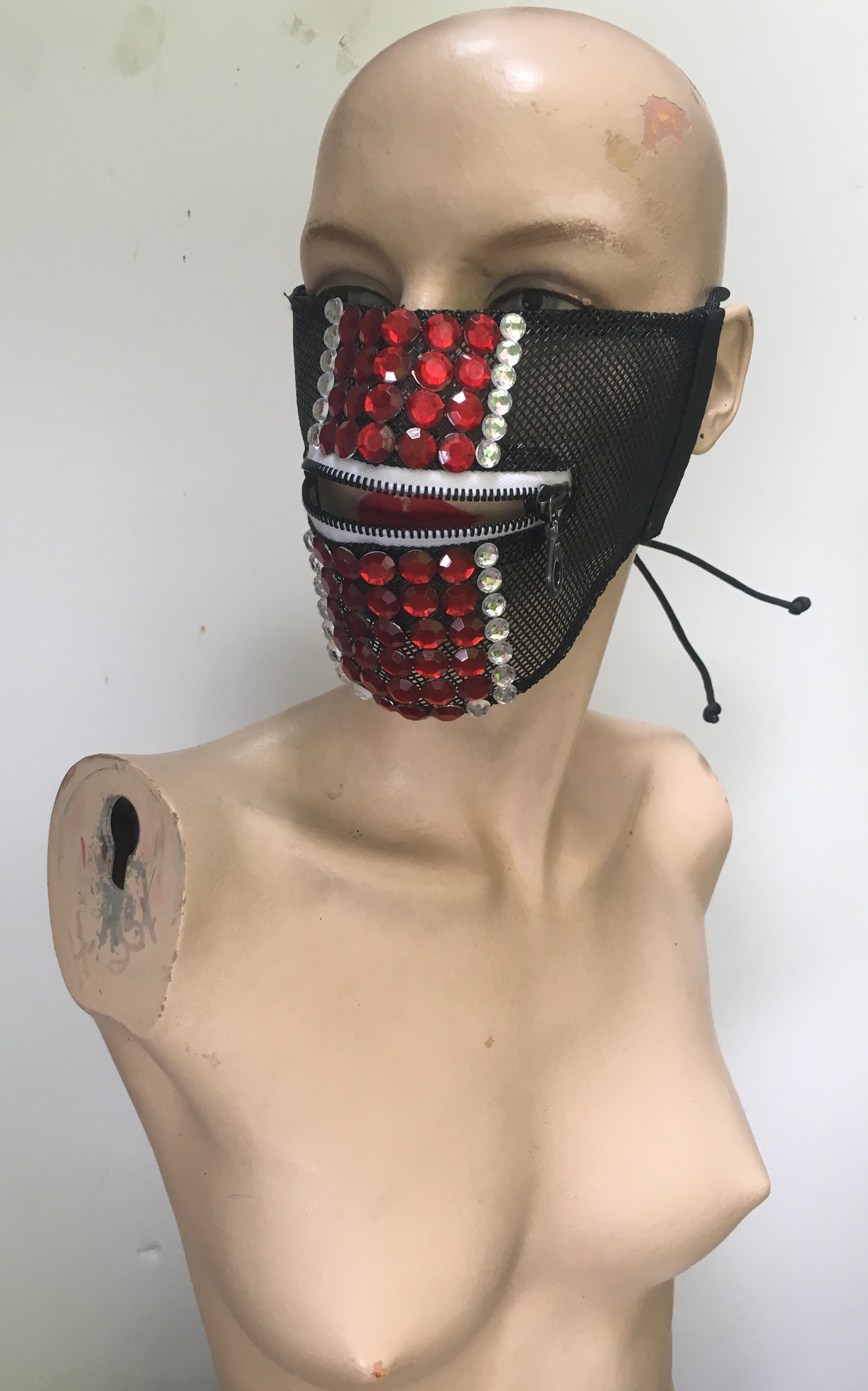 HalfMask (red/silver)