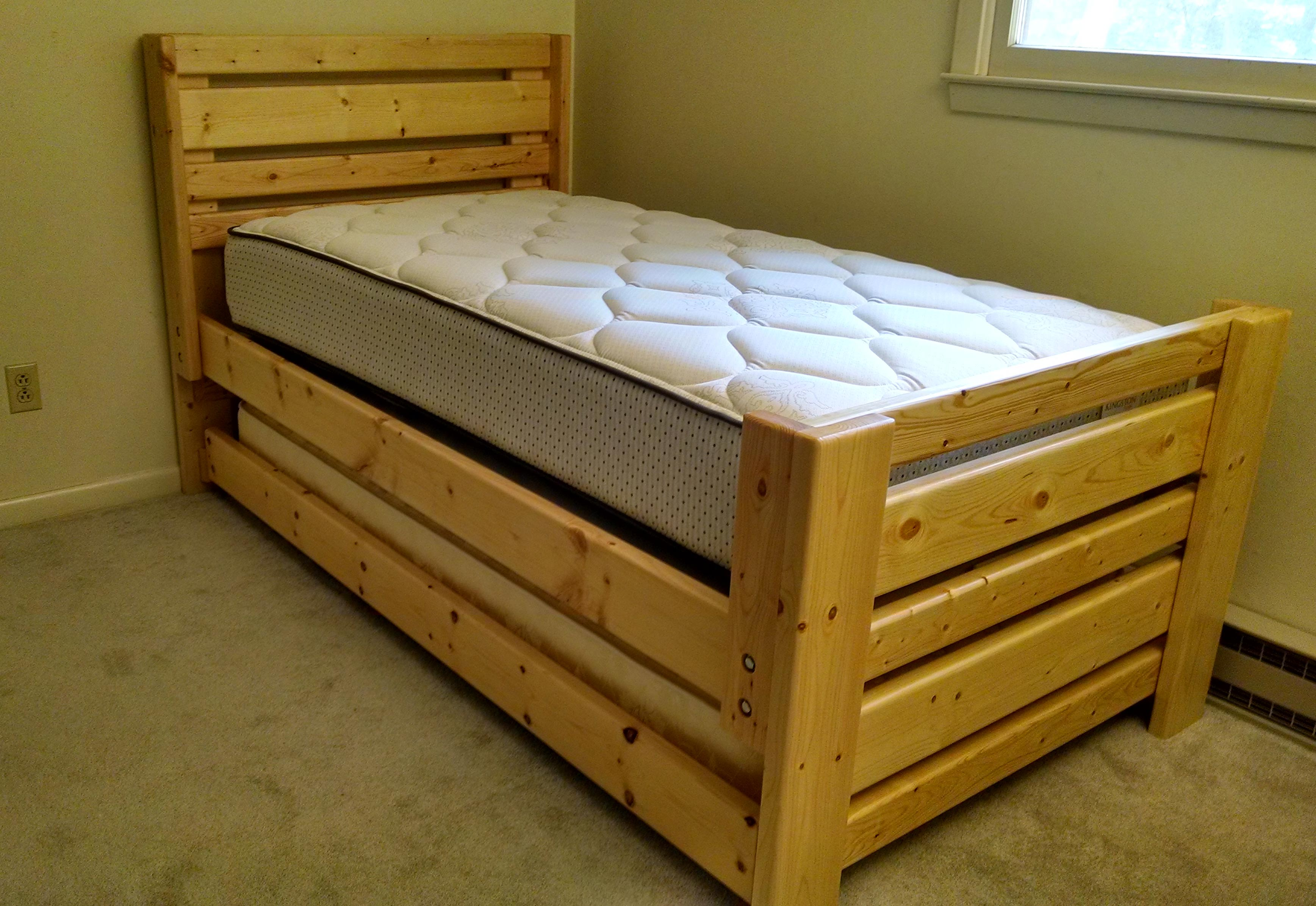 Plank Bed w/ Trundle