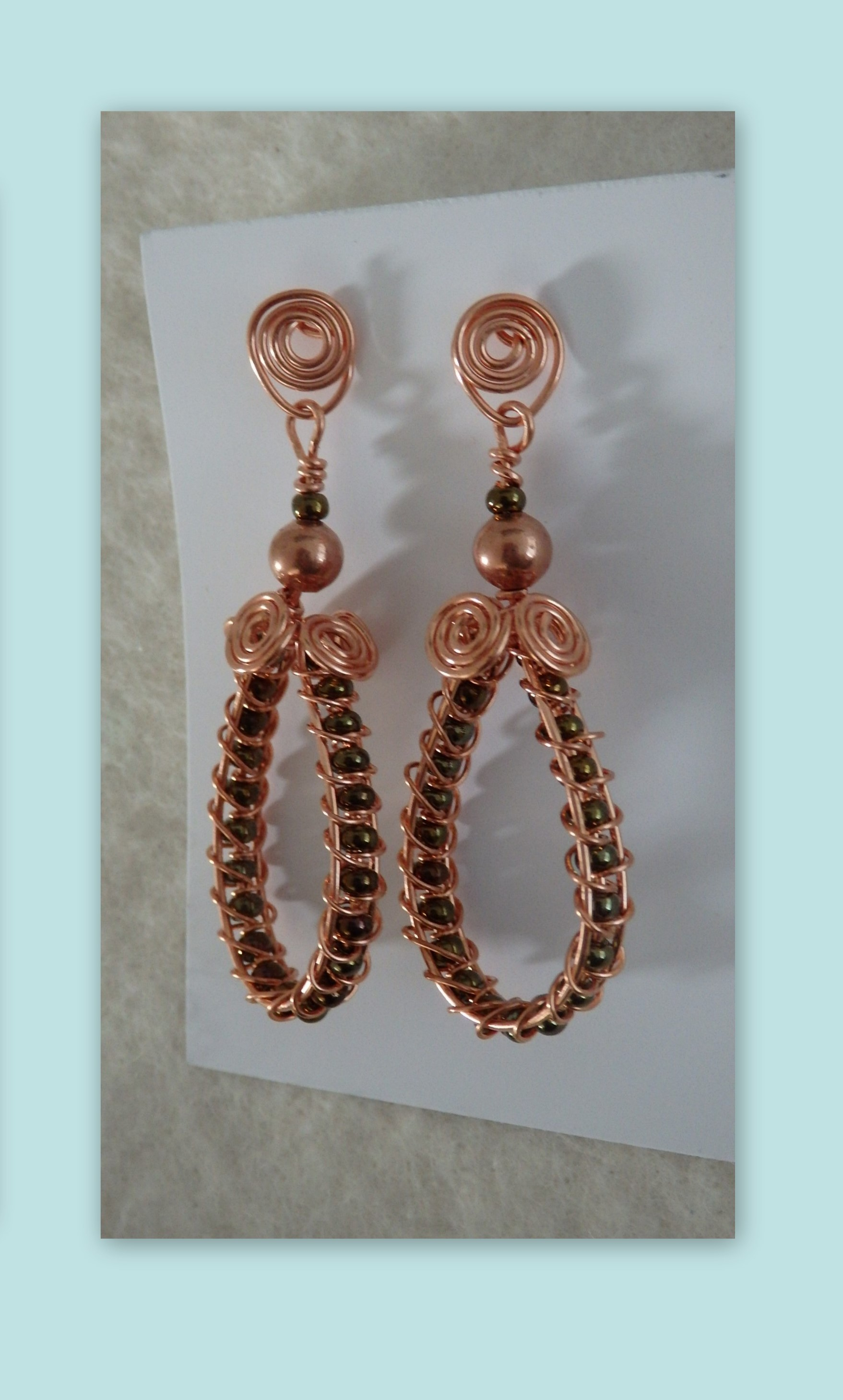 Woven copper with charcoal beads earrings