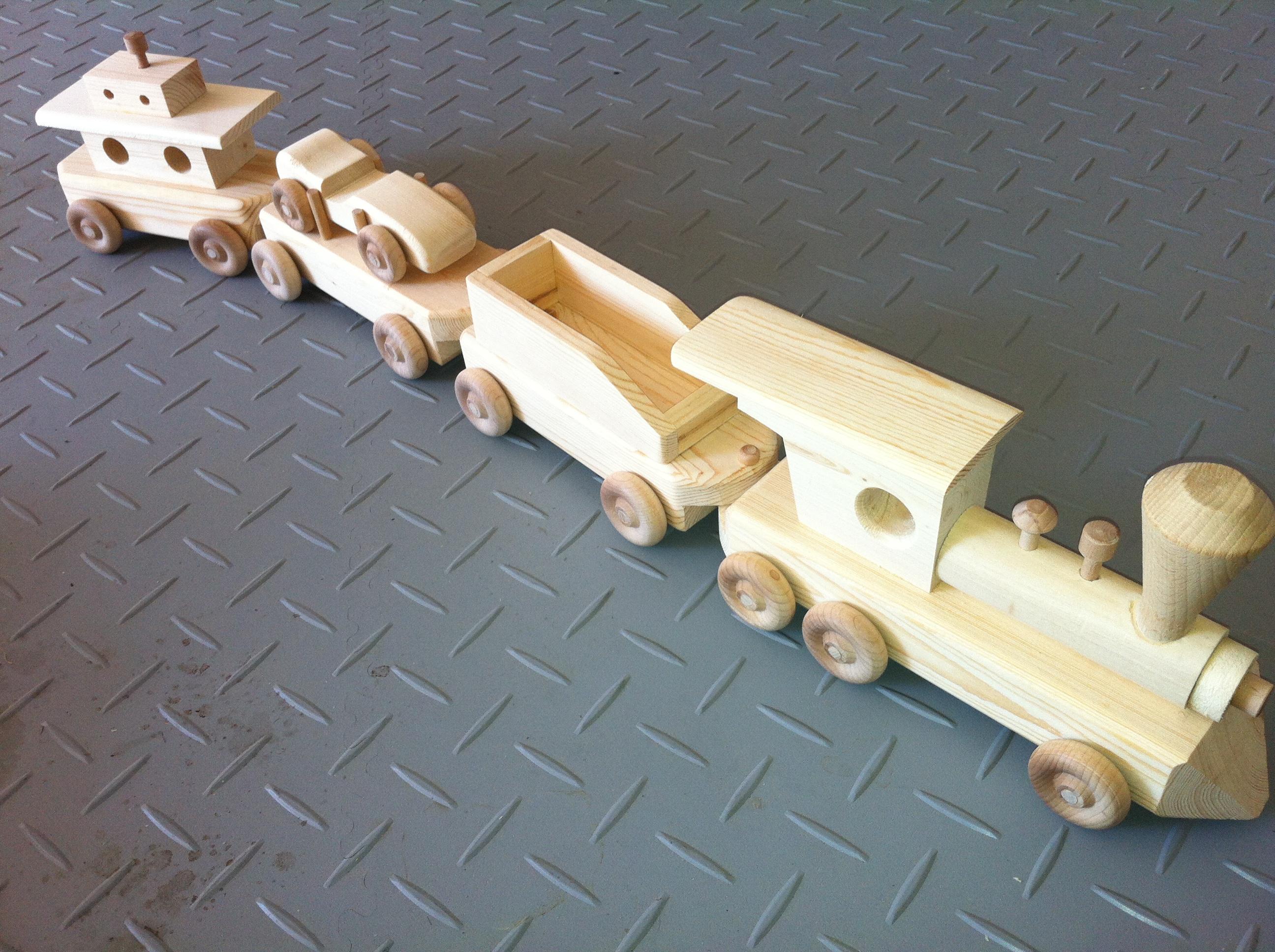 Train - set of 4