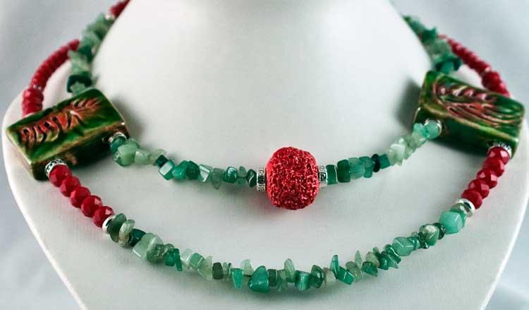 GreenNRed Necklace