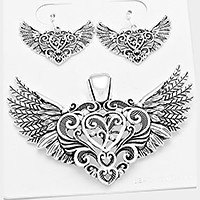 OUT OF STOCK-Antique Silver metal heart wing pendant set