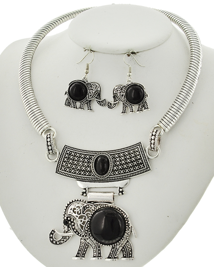 Antique Silver & Black Necklace & Earring Set