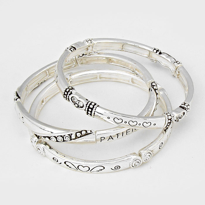 """Love is patient"" Heart Stretch Bracelet"