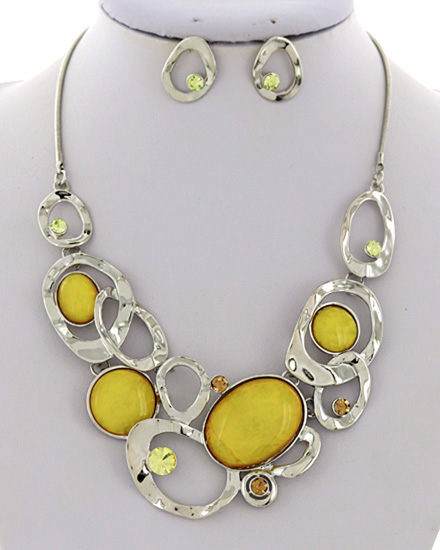 Yellow & Silver Metal Necklace & Earrings