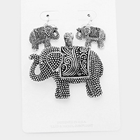 Antique Silver, Tan• Embossed Metal Elephant Magnetic Pendant Set