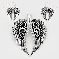 Silver Burnished  Wings Pendant Set