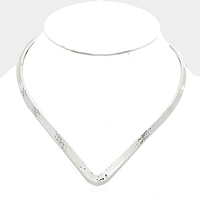 Silver Hammered Metal V-Collar Cuff Choker Necklace