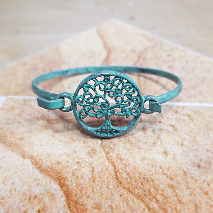 Patina VerdigrisTree of Life Metal Hook Bracelet