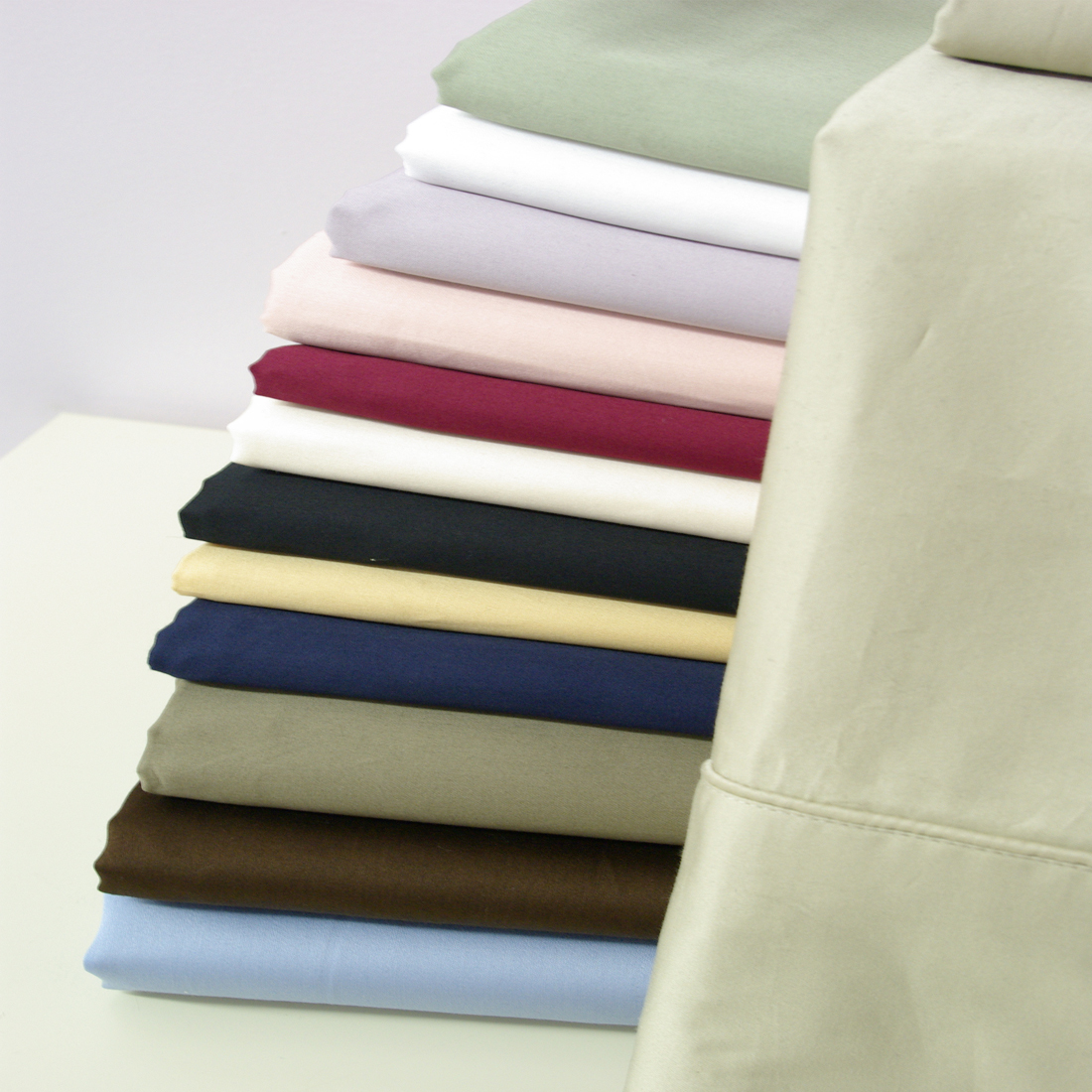 Royal Tradition. 550 Thread count Solid Egyptian cotton sheets. Wrap yourself in the Softness of the luxurious 550 Thread count, 100% Egyptian cotton sheets like those found in World Class Hotels. Imported from the Land of Cleopatra, these fine luxury bed linens are carfted from long staple Giza cotton grown in the Lush Nile River Valley since the time of the Pharaohs. Comfort, quality and opulence set our luxury bedding in a class above the rest. Elegent yet durable, their softness is enhanced with each washing.