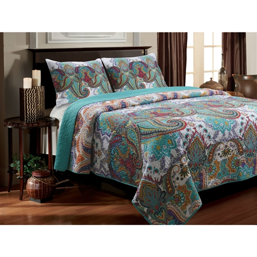 A sumptuous display of powerful paisleys, this King size 100-Percent Cotton Quilt Set in Teal Paisley Pattern - Preshrunk combines vibrant colors in an enchanting motif. Reverses to coordinating solid turquoise for a calming, sophisticated look. Oversized for better coverage on today's deeper mattresses. Prewashed and preshrunk 100% cotton face and back with 100% cotton fill. Machine quilted with fabric bound edges for durability and surface interest. Quilt set comes with quilt and two pillow shams (one sham per Twin set). Thread Count: 136; Machine washable.