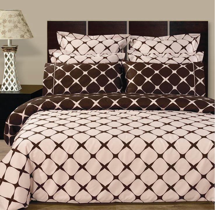 Blush & Chocolate Bloomingdale Multi - Piece Duvet Cover Set.  You are invited to experience the comfort, luxury and softness of our luxurious Bloomingdale beddings. Silky Soft made from 100% Egyptian cotton with 400 Thread count woven with superior single ply yarn. Quality linens like this one are available only at selected Five Stars Hotels. This contemporary fine pattern was printed using safer, cleaner reactive dyes. One set with two looks, the back colors of the duvet cover and shams are the opposite print of the front. It's the Same print of the fitted sheet and the pillow cases….so by turning the duvet cover and shams upside down, you will get new look in 10 seconds. All Shams and Pillow cases are finished with elegant embroidery and 3 inch flung.