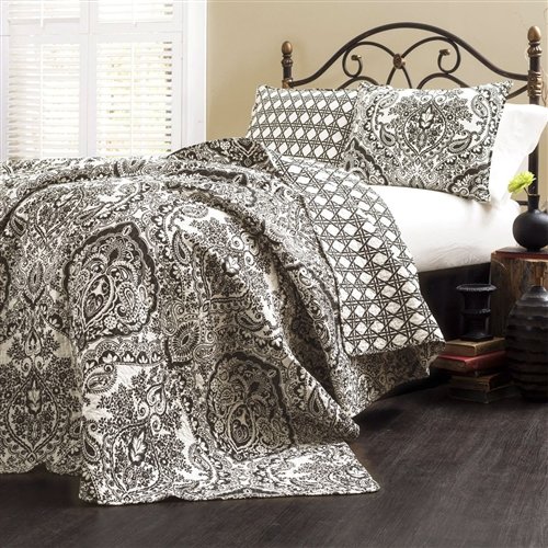 A very traditional damask and paisley pattern and turned it into this Queen size 3-Piece Quilt Set 100-Percent Cotton in Charcoal Damask. The reverse side utilizes a geometric technique, so if you are looking for your room to have more of a contemporary feel this is the side to use. Either way it's oh so soft and feels great around you. Gender: Female; Life Stage: Adult; Reversible: Yes; Textured: No. Country of Manufacture: China.